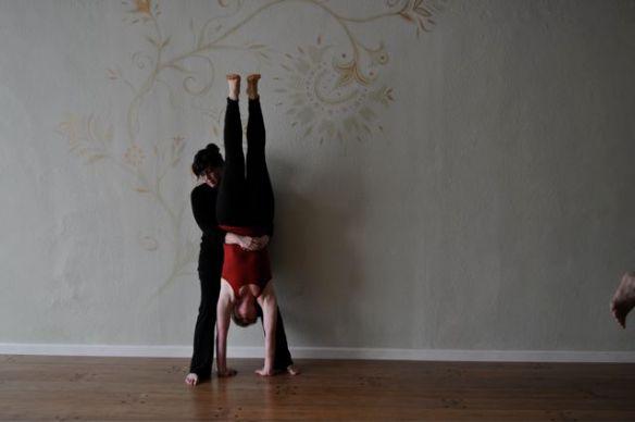 Handstand Heimlich
