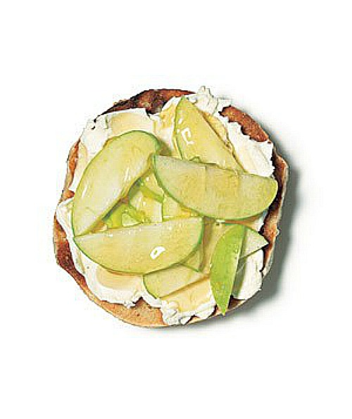 recipes to make again bagel apple goat cheese honey